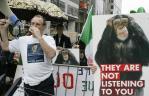 Los manifestantes, antes de una cumbre de la UE en Bruselas.