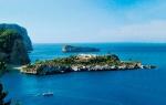 La isla de Sa Ferradura está situada a 25 km de Ibiza, y es una de las más exclusivas de Europa