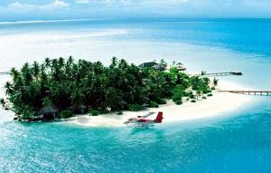 En Rania Experience, en las Maldivas, no falta de nada. Una avioneta y un yate a  disposición del cliente.