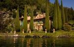 Villa Como VIII está localizada en el exclusivísimo Lago Di Como, en el norte de Italia.
