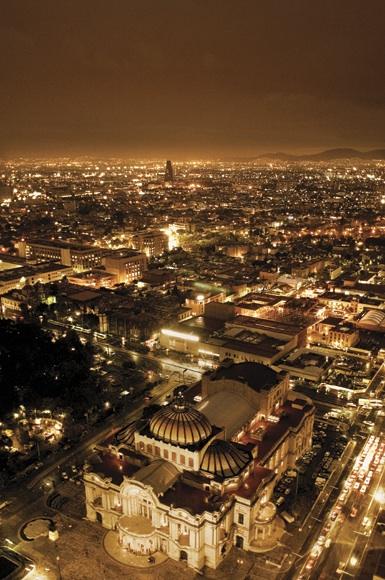 Vista de la Ciudad de México desde el mirador de la Torre Latinoamericana. Foto de Adam Wiseman
